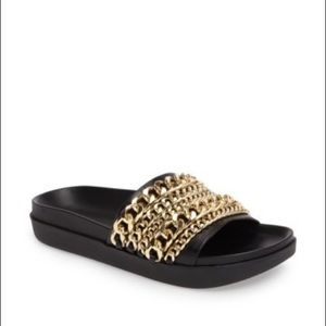 Kendall and Kylie gold chain black slides